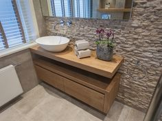 Narrow Walls of Bath / Bath Showroom De Eerste Kamer - Veronica Speaks Cloakroom Toilet Downstairs Loo, Small Bathroom, Bad Inspiration, Bathroom Inspiration, Bath Showroom, Toilet Design, White Rooms, Bathroom Interior Design, Interior Styling