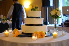 Don't let extra wedding cake go to waste when creative alternatives abound! Check out our list for the reuse idea that suits you best. Photo...