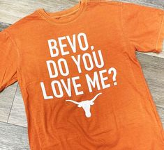 #austintx #football #college #sports #texas #love #ATX #hookem Texas Longhorns Shirts, Texas Tees, Football Tailgate, Football Shirts, Athletic Hairstyles, Hook Em Horns, Loving Texas, Austin Texas, My Style
