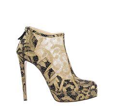 Bionda Castana Shoes-looks so classy...