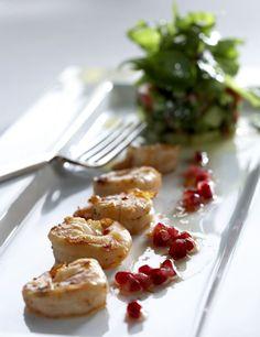 Appetizers: shrimps fried in vanilla butter with avokado melon salsa/vaniljavoissa paistetut scampit ja avokadomelonisalsa