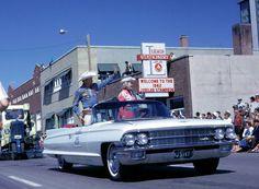 1962 Calgary Stampede Parade with special guests Roy Rogers and Dale Evans. I got to meet these two. Calgary Stampede Parade, Dale Evans, Roy Rogers, Adopting A Child, Happy Trails, Find Hotels, Special Guest, Wild West, Old Pictures