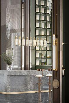 hotel entrance Tianshui Jialangyuan Sales Center by Das Design Co. Showroom Interior Design, Bar Interior, Green Shelves, Design Commercial, Chinese Interior, Space Shows, Sales Center, Lobby Design, Hospitality Design
