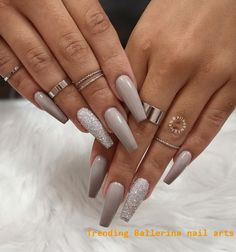 Long nails coffin nail long coffin nails ballerina nails nude nails summ 23 matte nail art ideas that prove this trend is here to stay Gray Nails, Nude Nails, Pointy Nails, Blue Nail, Fall Acrylic Nails, Acrylic Nail Designs, Acrylic Art, Christmas Acrylic Nails, Grey Christmas Nails
