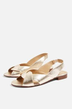 73bf529a39f711 Gold Slingback Shoes Chaussure Botte, Chaussure Sneakers, Chaussure Basket, Chaussures  Femme, Bottes