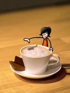 Nada mejor para empezar el día que un buen café que te despierte por las mañanas. Y es que el aroma a café es uno de los mejores placeres. Gif Buenos días