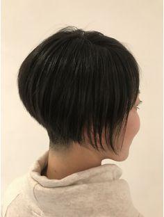 ブックヘアーメイク(book hair make)ツーブロック刈り上げの前下がりボブ