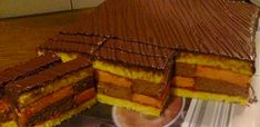 Starinska rum – punč torta! – Bez margarina Serbian Recipes, Serbian Food, Sweet Recipes, Cake Recipes, Slow Food, Let Them Eat Cake, Rum, Waffles, Baking