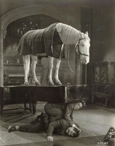 Laurel & Hardy + horse and piano