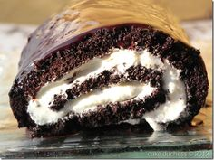 One of my most favorite cakes. Chocolate Swiss Roll via @cakeduchess