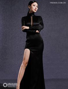 Black dress, sexy! Dresses Dresses, Casual Dresses, Short Dresses, Fashion Dresses, All Black Dresses, Long Black, Attitude, Bridesmaid