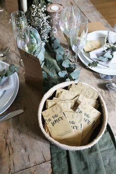 Wedding Send Off, Wedding Vows, Wedding Gifts, Wedding Day, Diy Wedding Decorations, Birthday Decorations, Homemade Wedding Favors, Unity Ceremony, Wedding Trends