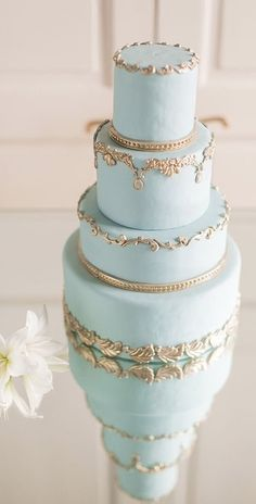 26 Delicate Dusty Blue And Gold Wedding Ideas Beautiful Wedding Cakes, Gorgeous Cakes, Pretty Cakes, Parisian Wedding, French Wedding, Parisian Cake, Wedding Film, Blue Gold Wedding, Lace Wedding