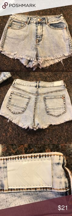 Kendall and kylie denim shorts New condition Kendall & Kylie Shorts Jean Shorts