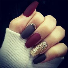dark-color-acrylic-nails-paint-ideas-for-long-nails