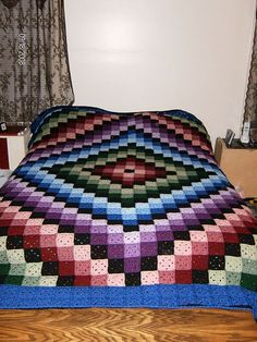 Quilting has been in my family for a long time, and to find crochet that looks like a quilt is awesome! Ravelry: Around the World Crochet Quilt pattern by Karen Buhr