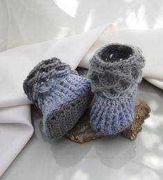 Buttonless Baby Booties for 0-6 months Crocodile Stitch Booties periwinkle to soft grey. $32.00, via Etsy.