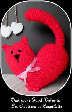 chat cœur Saint Valentin rouge amigurimi