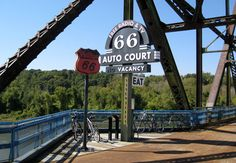 Route 66 Attractions | Route 66 Roadside Attractions Image: ChrisYunker (flickr)