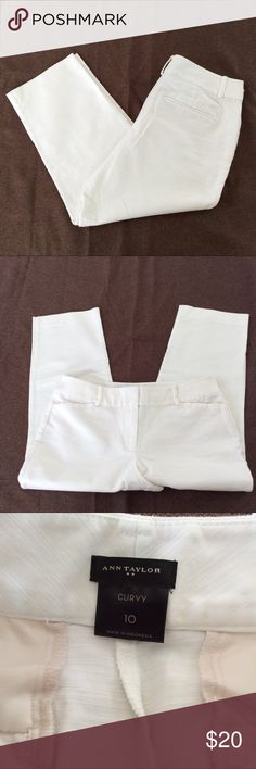 Ann taylor Curvy white Capri 10 In excellent preowned condition. Tiny spot mentioned in last pic. Ann Taylor Pants Capris