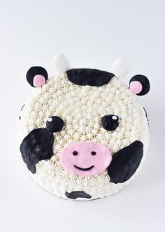 This Cow Cake tutorial makes for an easy and adorable cake; perfect for any cow-themed celebration.