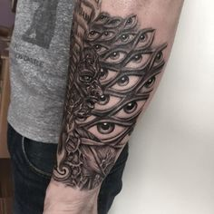 60 Tool Tattoo Designs For Men – Rock Band Ink Ideas - Tattoo Designs Men Tattoo Main, Le Tattoo, Tool Tattoo, Geometric Sleeve Tattoo, Tattoo Sleeve Designs, Tattoo Designs Men, Sleeve Tattoos, Alex Grey Tattoo, Dark Tattoo