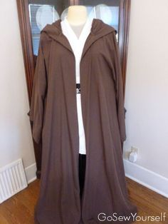 Handmade Star Wars Tunic, Obi, and Robe - from Simplicity Pattern and online tutorial. This is fantastic!