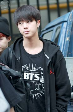 Jin❤️ BTS @ 140912 otw to Music Show
