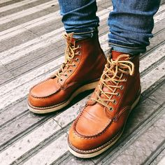 👞👞 #redwing #redwingheritage #shoes #boots #mensoutfits #menswear #fashion #mensfashion #braap Red Wing 875, Red Wing Moc Toe, Red Wing Boots, Motorcycle Boots, Wedge Boots, Combat Boots, Street Wear, Wings, Menswear