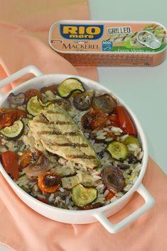 Salata cu macrou, orez si legume coapte - CAIETUL CU RETETE Pesto, Recipes, Food, Salads, Meals, Yemek, Recipies, Recipe, Eten