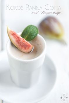 coconut panna cotta with figs syrup, (vegan).