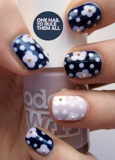 use nail caviar to do the centre of the flowers