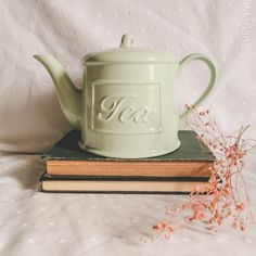 No Me Importa, Tea Pots, Instagram, Tableware, Books, Had A Bad Day, Create, Dinnerware, Libros