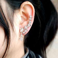 Gorgeous fancy svarovski crystal ear line..$12. 18...icoolboutique
