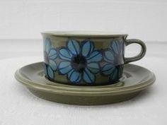 Tradera ᐈ Köp & sälj begagnat & second hand Marimekko, Second Hand, Scandinavian Style, Kitchen Accessories, Textile Design, Finland, Tea Cups, Ceramics, Mugs
