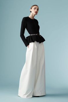 SEMPRE NA MODA: BLACK AND WHITE CAROLINA HERRERA!