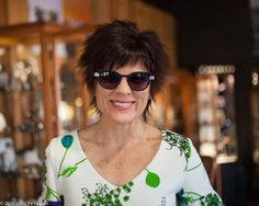Our buyer Lisa looks lovely in the Serif by Anne et Valentin. We love the green and purple color combo. Serif, Green And Purple, Color Combos, Eyewear, Lisa, Fashion, Moda, Colour Schemes, Eyeglasses
