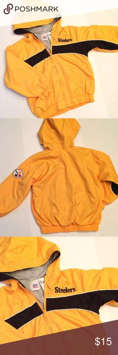 🎉Editor's Pick🎉Official Steelers Jacket Show off your football pride with this Steelers jacket! Fully lined with hood and pockets. Can be wore by a lil miss or your little man!🏈 size 5/6 Like New!! NFL Shirts & Tops