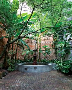 New Orleans Courtyards - Louisiana Life - July-August 2016 - New Orleans, LA Mexican Courtyard, Brick Courtyard, Courtyard Landscaping, Modern Courtyard, Courtyard House Plans, Courtyard Gardens, Spanish Courtyard, Courtyard Entry, Internal Courtyard