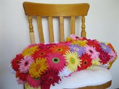 Gerbera Garden Blanket | Craftsy
