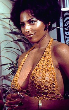 We See Most Of Her Right Breast As She Turns Over In Bed When Pat Woodell Is Brought Back To The Cell Pam Grier Butt Naked Show Me Some Pictures Of Naked