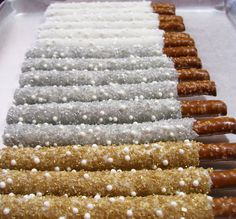 White Chocolate and White Pearls with Gold, Silver or White Shimmering Sugar Crystals. You choose which you want. This order is for 1 dozen ~ ******NOTE: If you are Ordering more than 1 dozen ~ Please email the amount needed, your State and Zip Code and the date needed by.   They will be Made to Order one batch at a time, to assure you the freshest of fresh sweet treat. We only use the freshest ingredients.  All sweet treats are Handmade, Hand Dipped, Sprinkled or Drizzled for your…