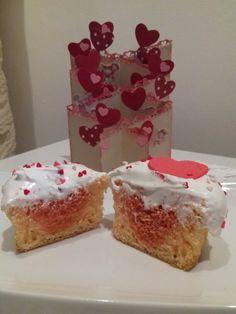 Cupcake con corazoncito interior..