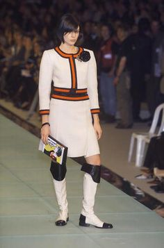 Catawiki online auction house: Chanel women's runway Ivory+Red Stripe Wool Tweed Jacket+Skirt Suit FR 38 US 6 UK 10
