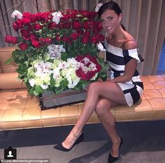 Lucy Mecklenburgh shares picture of floral delivery from Louis Smith #dailymail