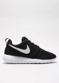timeless design 0f1f1 f1ef9 Nike Sportswear - Rosherun