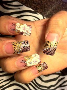 Love love love these! Cheetah    zebra this has Bianca written all over it!  Raqui25 Pineda · 3D Nail Art d99c0be8860d