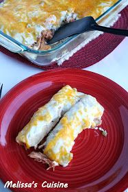 Clean Eating Chicken Enchiladas: Use of Chix.Layer, casserole style, 6 tortillas then some Chix/cheese mixture then repeat. Pour flour/yogurt mixture over casserole then top with 1 C cheese. Mexican Food Recipes, Whole Food Recipes, Healthy Recipes, Healthy Meals, Clean Eating Recipes, Cooking Recipes, Clean Foods, Clean Eating Chicken, Eating Clean