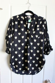 Love this. Just got a pixley blouse in my 1st Fix in a medium. It's a little big now that I'm wearing it but I like it that way, in the future I need a small in blouses. Maybe a petite medium depending on the fit