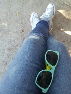 Jeans & glasses